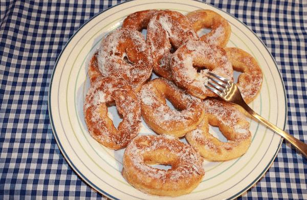 Cómo Hacer Donuts Caseros Esponjosos al Horno y Con Glaseado