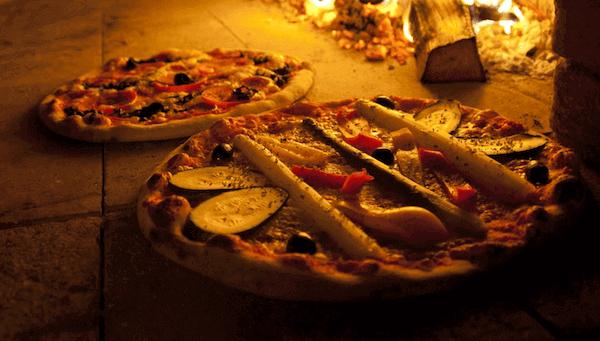 Receta de Pizza Casera Con Masa Italiana al Horno