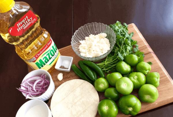 Receta de Chilaquiles Rojos con Pollo